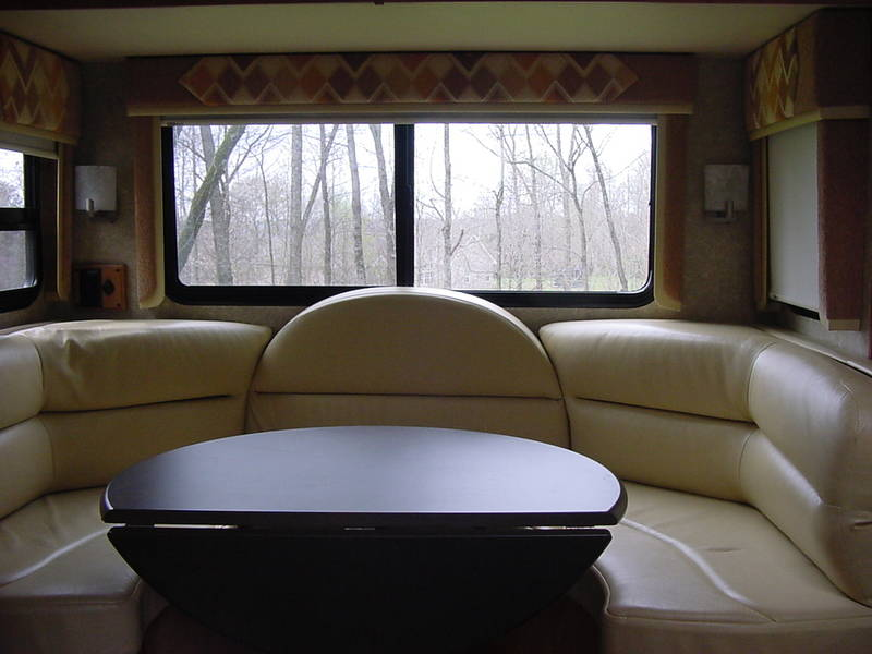 2011 Winnebago Aspect 28B