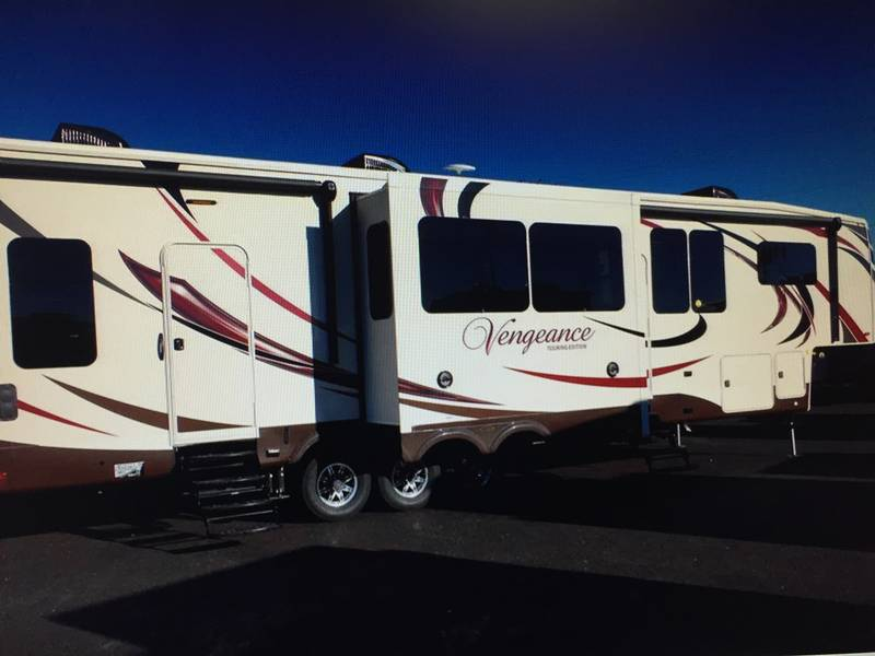 2016 Forest River Vengeance Touring Edition 38L12