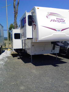 2006 Fleetwood Prowler Regal AX6 365FLTS