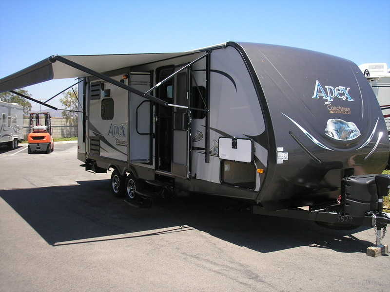 2015 Coachmen Apex 259BHSS