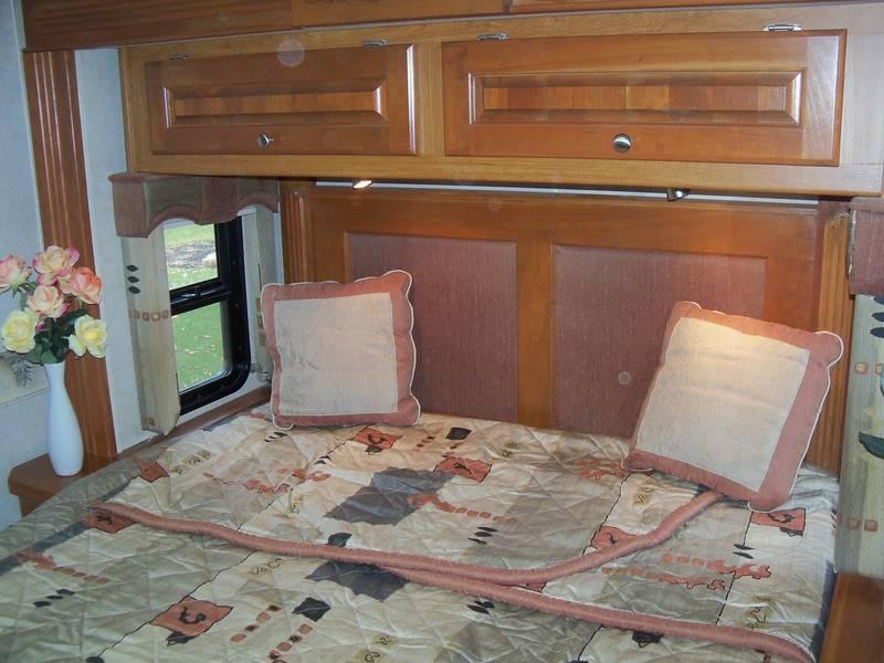 2005 Holiday Rambler Vacationer 36WDD