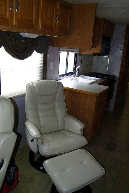 2005 Coachmen Cross Country 354MBS
