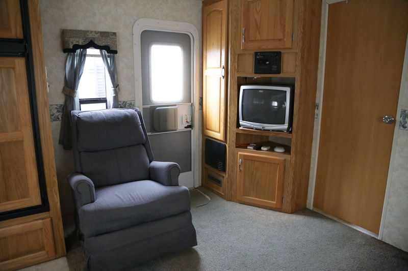 2006 Holiday Rambler Savoy LX 31