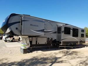 2015 Keystone Montana High Country 356BH