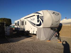 2015 Northwood Arctic Fox 35-5Z
