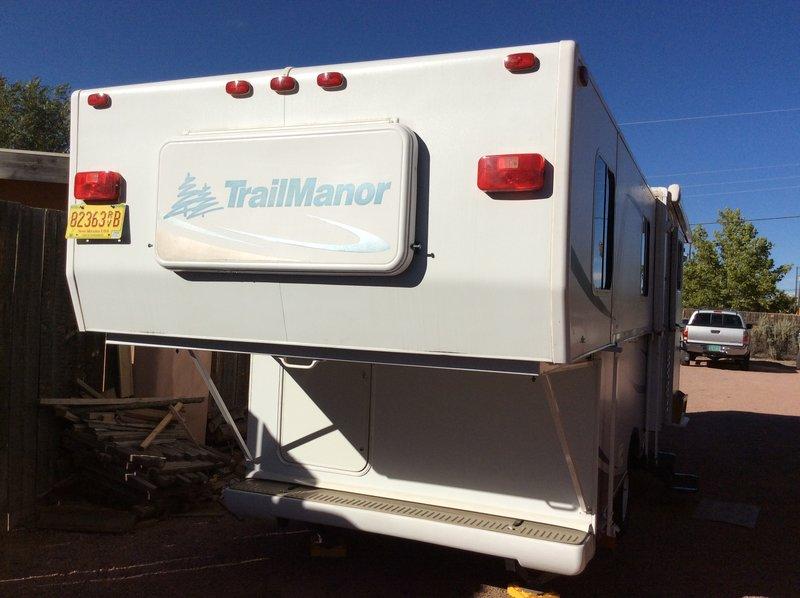 2008 Trailmanor TrailManor 2027SL