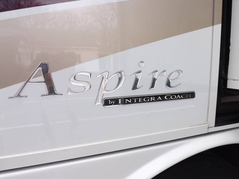 2015 Entegra Coach Aspire 44B