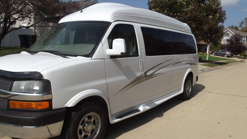2010 Chevrolet Express 2500 Majestic Conversion Van, Trucks RV For Sale By  Owner In Edwardsville, Illinois | RVT.com   204271