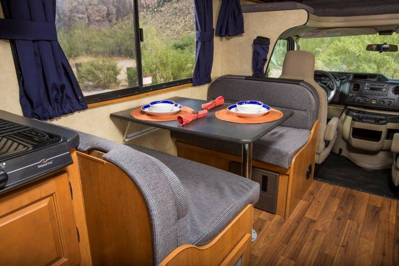 2014 Thor Motor Coach Majestic 28A