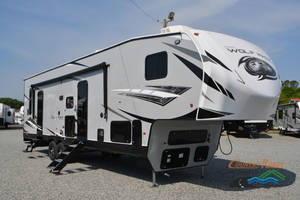 2018 Forest River Wolf Pack 315PACK12 w/Onan gen and Sofa