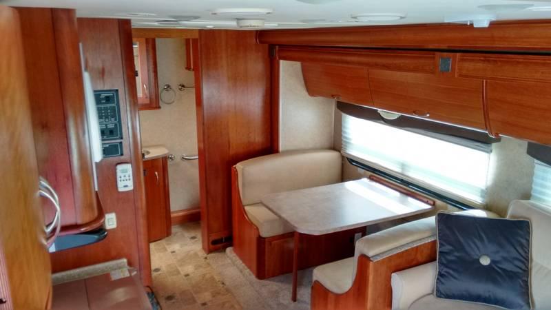 2009 Monaco Covina 24RFS