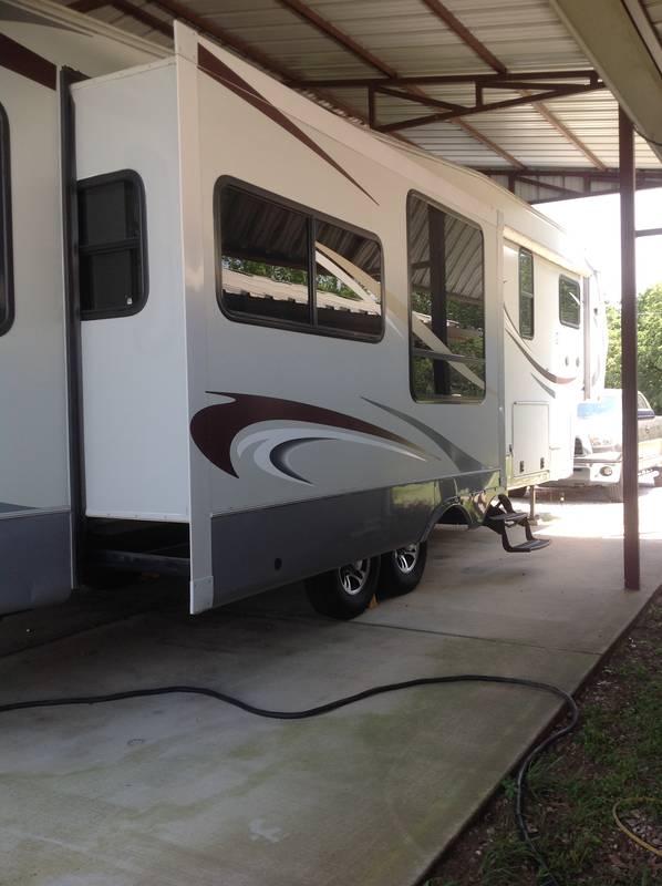 2011 Heartland Greystone 33QS