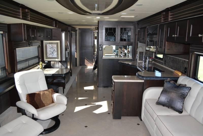 2014 Monaco Dynasty 44RFT