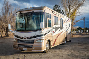 2006 Coachmen Epic 3180