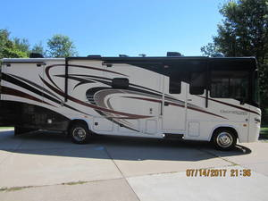 2016 Forest River Georgetown 328TS