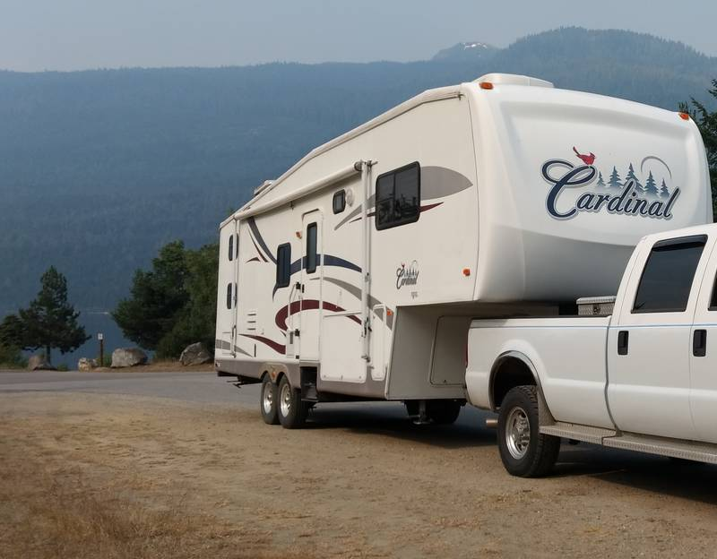 2005 Forest River Cardinal 31