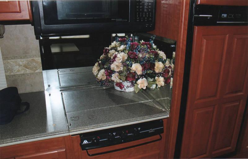2006 Damon Astoria 3579
