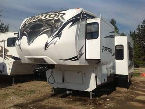 2013 Keystone Raptor Raptor 300MP winter package