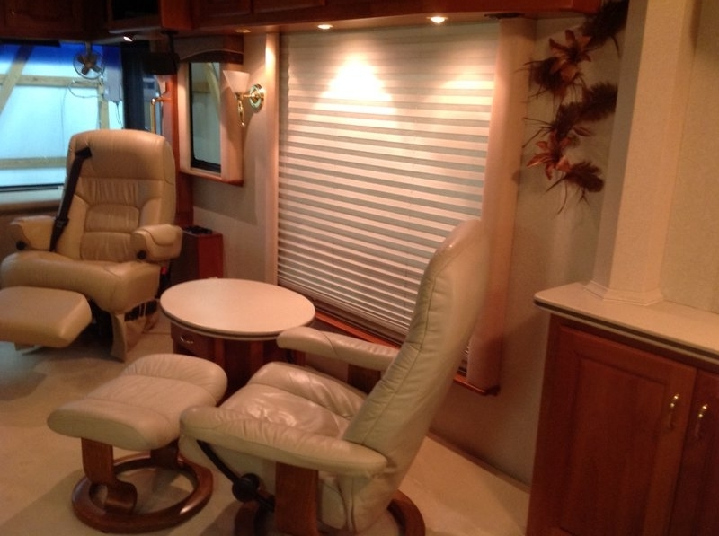2003 Country Coach Intrigue SESG Suite Escape, First Avenue, Rare 38' with Tag