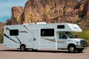 2012 Thor Motor Coach Majestic 28A