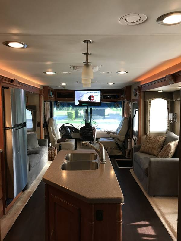 2008 Forest River Georgetown 374TS