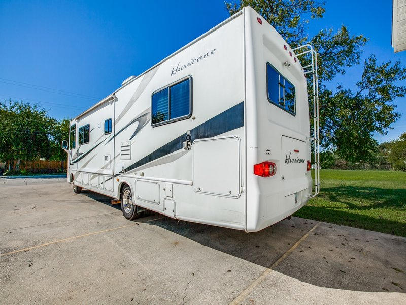 2008 Four Winds Hurricane 33T
