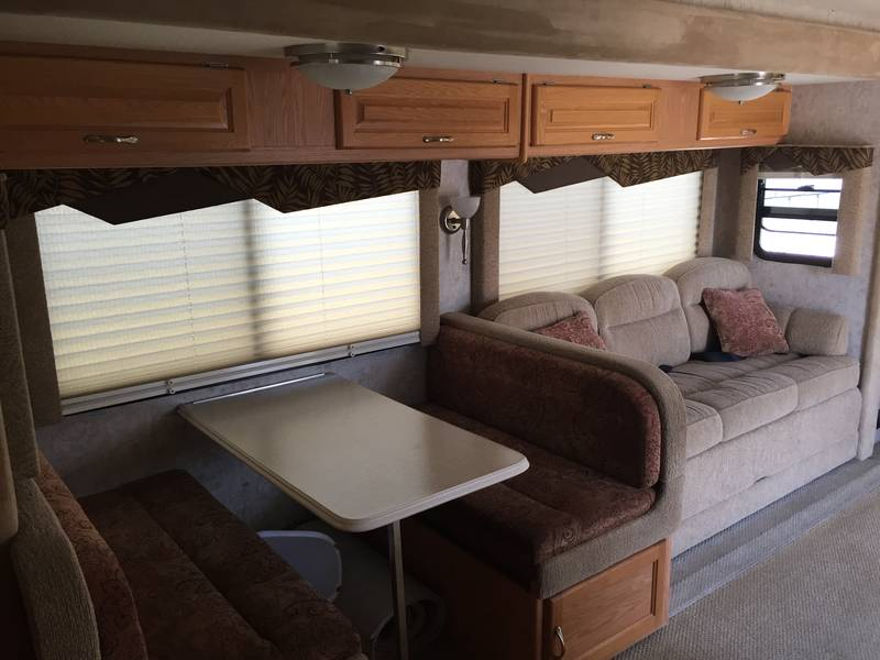 2006 National RV Sea Breeze 1321