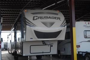 2017 Prime Time Crusader 315RST