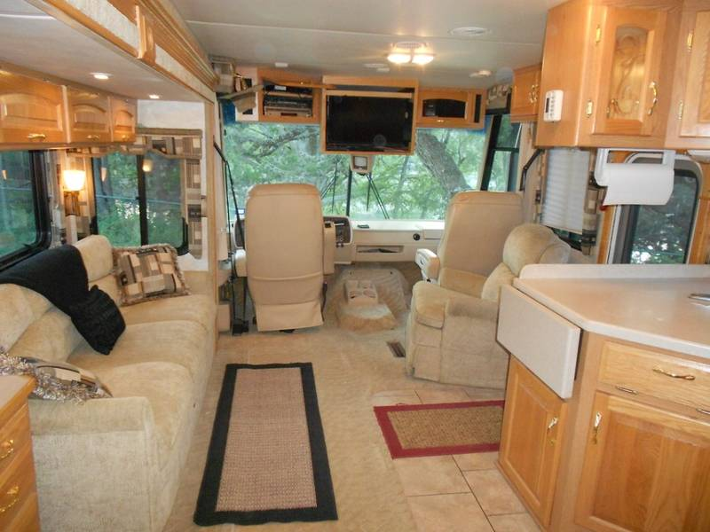 2005 Newmar Kountry Star KS3778