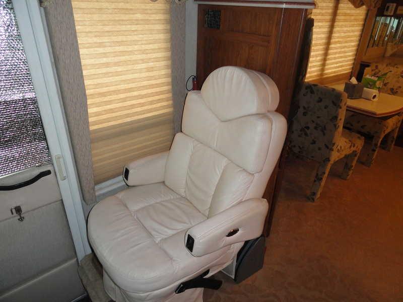 2002 Rexhall Roseair 3655DS