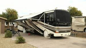 2003 Fleetwood Discovery 39P