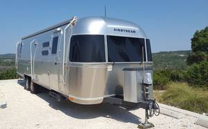 2016 Airstream International Signature 30WWB