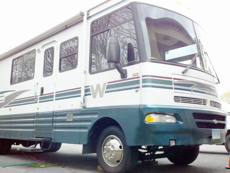 2000 Winnebago Chieftain 34Y