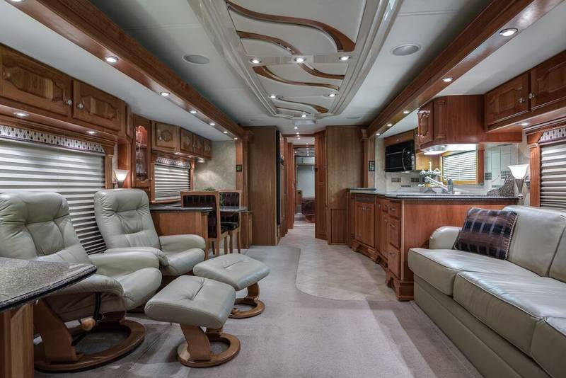 2008 Country Coach Intrigue 530 Jubilee