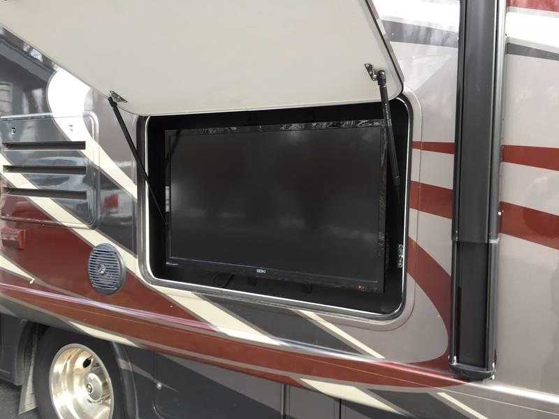 2015 Thor Motor Coach A.C.E. 27.1