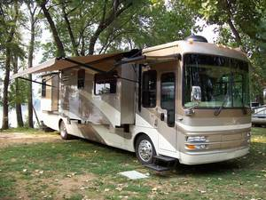 2006 National RV Tropical LX T391