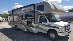 2016 Thor Motor Coach Four Winds 31E Bunkhouse