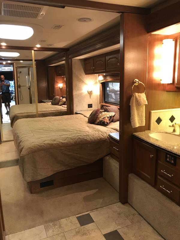 2007 Country Coach Allure 430 Siskiyou Summit