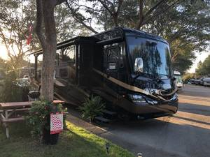 2016 Coachmen Cross Country 407FW