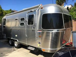 2014 Airstream International Signature 23D