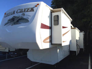 2007 Forest River Cedar Creek 37CKQS