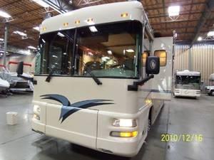 2003 Foretravel Motorcoach  U270