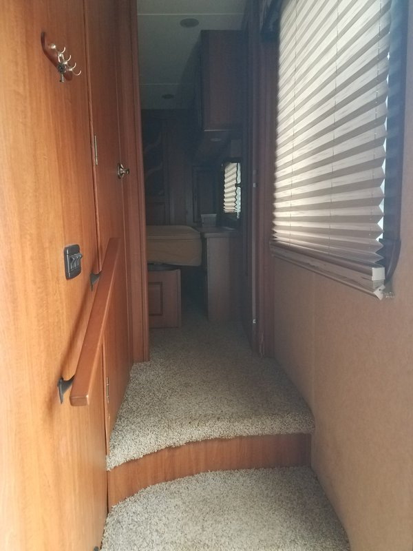 2012 Thor Industries Redwood 31SL