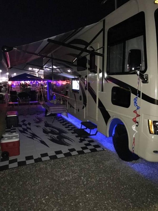 2015 Thor Motor Coach Windsport 34F