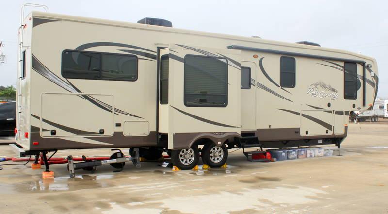 2012 Heartland Big Country 3690SL