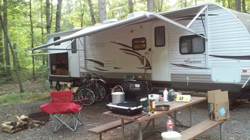 2013 Coachmen Catalina Deluxe Edition 32BHDS