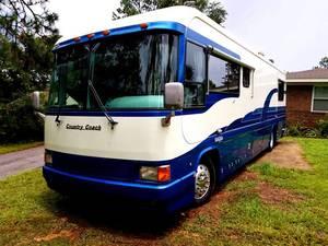 1994 Country Coach Magna 360