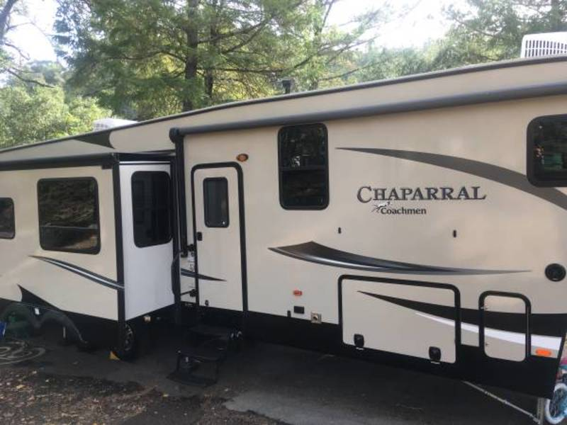 2017 Coachmen Chaparral 371MBRB