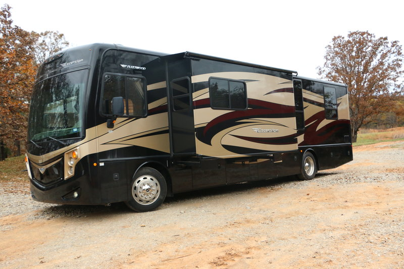 2014 Fleetwood Excursion 35B