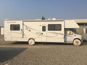 2002 Thor Motor Coach Four Winds 31N